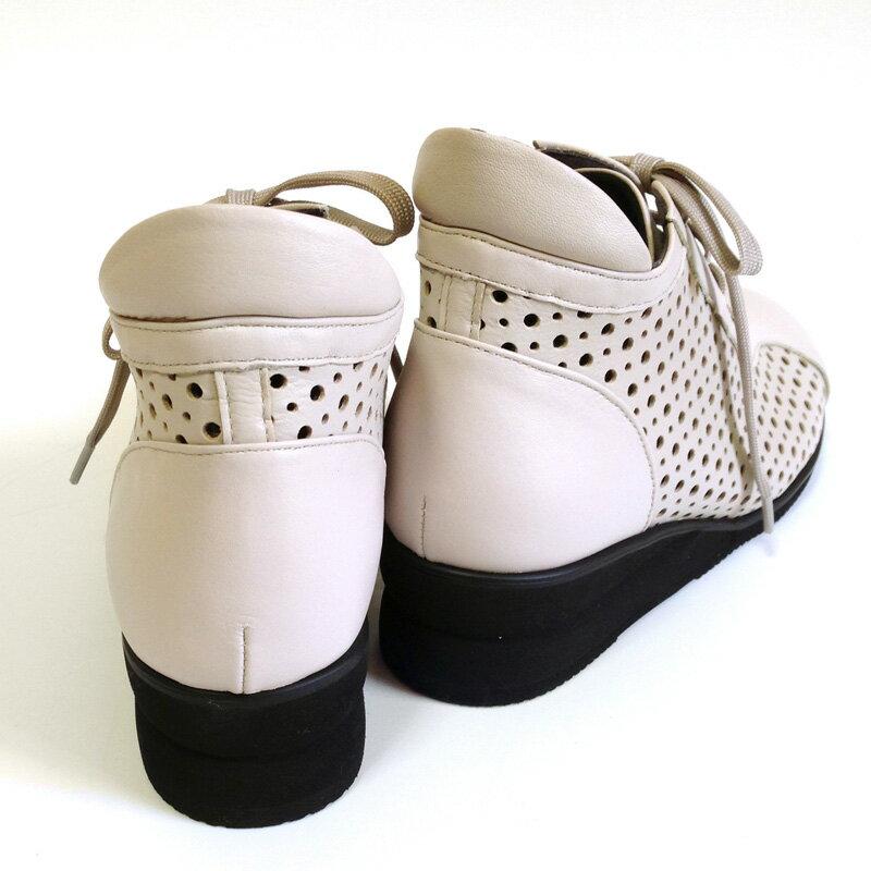 ポイント5倍&クーポンで1000円OFFパンチングブーツ サマーブーツ 幅広甲高 婦人靴 本革 4E 日本製 レディース 幅広 甲高 コンフォートシューズ 外反母趾 靴 おしゃれ ミセス ファッション 歩きやすい 痛くない母の日 プレゼント 50代 60代