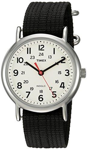 タイメックス 腕時計 メンズ TWC027600 Timex Unisex TWC027600 Weekender Cream/Black Nylon Slip-Thru Strap Watchタイメックス 腕時計 メンズ TWC027600