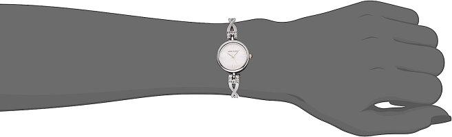 アンクライン腕時計レディースAK/3083SVSTAnneKleinWomen'sAK/3083SVSTSwarovskiCrystalAccentedSilver-ToneWatchandBraceletSetアンクライン腕時計レディースAK/3083SVST