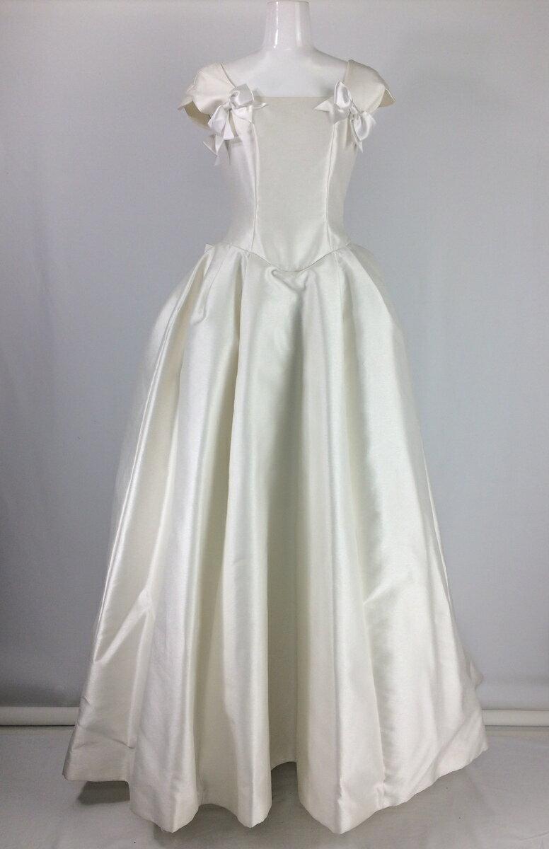 【レンタル】 リボンウエディングドレス
