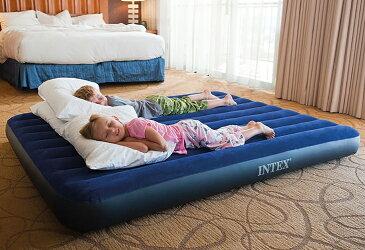 エアーベッド セミダブル ハンドエアーポンプ付持ち運びも楽々♪簡単収納♪急な来客でも簡単にベッドが出来ちゃう!海外お取り寄せ商品 並行輸入品INTEX Classic Downy Airbed Set【smtb-tk】