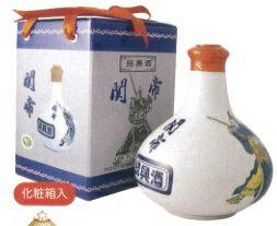 関帝 白磁陳年10年紹興酒(化粧箱付き)17度、500mlX6本(セット売り)、景徳鎮の壷に入った最高級の10年紹興酒♪