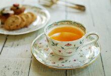 【メール便選択で送料無料】[2月の柄]イタリア・ティーバッグ・ホルダーと紅茶のセット