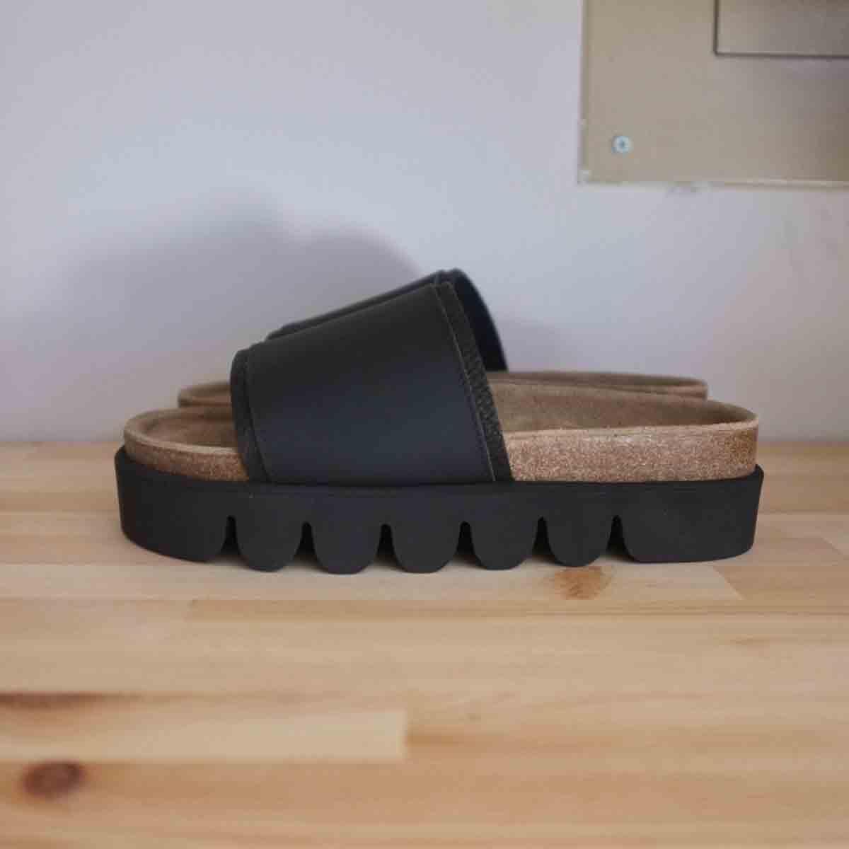 靴, その他 Hender Scheme caterpillar blackblack