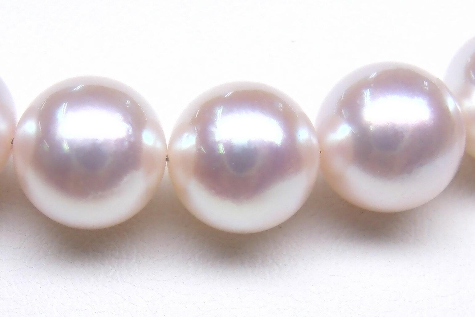 【抜群の透明感と高品質なテリ、経年変化への強さが特徴】越物オーロラ花珠真珠ネックレス