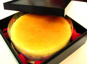 【インターネット限定】バースデーの贈り物に、重箱に入った京都の手づくりチーズケーキ(^^)05P...