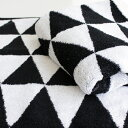 【MONOTONE TRIANGLE FACE TOWEL】北欧 モノトーン 白黒 シマシマ ストライプ ボーダー【白黒】...