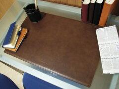 【イタリアンレザーの一枚革を使用した贅沢な仕上げ】【スチール芯材で安定した筆記をお約束し...