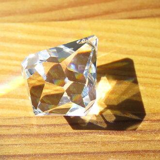 施華洛世奇水晶 — — E 視窗 * 透光彩