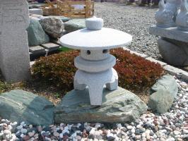 古代雪見(1尺・丸型)【御影石】日本庭園の定番商品!!こちらのサイズは坪庭や玄関まわりなどにピッタリです♪:小さな石屋さん