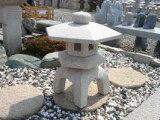 【送料無料】【代引不可】古代雪見燈籠(1.5尺・角型・サビ色)日本庭園の定番商品!!和風を彩る必須アイテム!!庭石の上に飾るとより引き立ちます♪