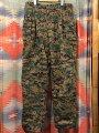 【送料無料】【あす楽】【中古】【ビッグサイズ】2000年製米軍実物デジタルカモフラカーゴパンツW36相当迷彩柄