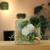 プリザーブドフラワー 父の日ギフト 昇進祝い 就任祝い 開店祝い 開業祝い 新築祝い 誕生日 退職祝い 花 グリーンをオシャレに飾る プリザーブドグリーン ホワイトワイルドローズ 送料無料