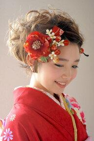 晴れの日の着物スタイルに,髪飾り