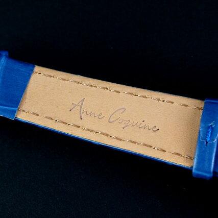 アンコキーヌ/ぐるぐる時計/ミニクロスシルバーベゼル(本体:ブルー×ベルト:ブルー)1106-0303