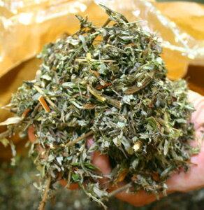 すべて岐阜県伊吹山薬草職人の手作り。伊吹山のヨモギは香りが素晴らしいんです。薬草用の袋も...