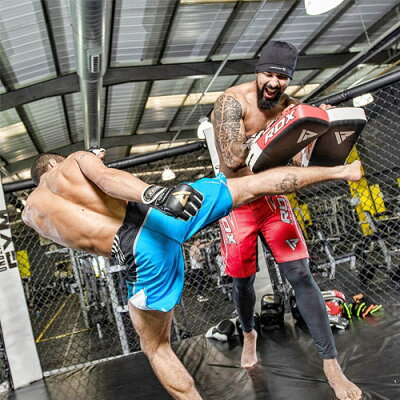 【楽天ランキング3冠達成!】キックミット2個入り両手セットキックボクシングムエタイ総合格闘技MMA用オシャレスタイリッシュフィットネスジムトレーニングスパーリング高品質レッドブルーホワイト空手総合格闘技MMA日本正規品