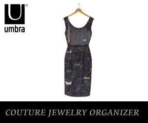 ジュエリーをオシャレにスッキリと収納するドレス風アクセサリーホルダーです。【UMBRA/アンブ...