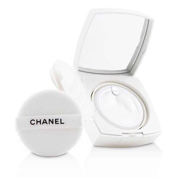 CHANEL number 3 Chanel SPF 30 - No. 30 Beige 11g...
