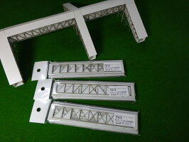 【Nゲージ】地方によくある跨線橋KATOホーム対応タイプA(廃レールタイプ)跨線部分(階段と階段、4跨線)タイプAK−F4