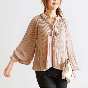 (ベビーピンク)色違い素敵なカラーのオフショルを女性らしく着こなす。8/30新作