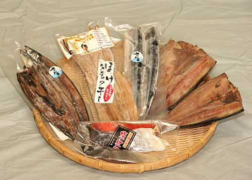 【送料無料 鮭・サンマ 北海道秋の味覚セット】