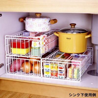 [えつこのスタッキングトレー<中> 3個組 底敷付] 収納 シンク下 クローゼット フライパン 鍋 ストック品 ホワイト 日本製