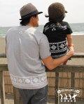 【親子ペアTシャツ】おそろいでご購入&レビューで\1,000引き!パパと子供のお揃いファッション♪♪ビンテージ加工ナンバリングプリント、ロンTと重ね着で!