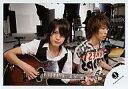 【中古】生写真(ジャニーズ)/アイドル/ジャニーズ ジャニーズ/内博貴・森内貴寛/横型・ギター/公式生写真