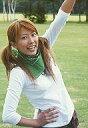 【中古】生写真(ハロプロ)/アイドル/カントリー娘。 カントリー娘。/里田まい/上半身・衣装白・右手腰・左手上げ・右向き・背景緑/公式生写真