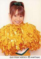 【中古】生写真(ハロプロ)/アイドル/モーニング娘。 モーニング娘。/高橋愛/上半身・チアリーダー衣装白オレンジ・両手ボンボン・背景白/公式生写真