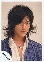 【中古】生写真(男性)/アイドル/KAT-TUN KAT-TUN/赤西仁/バストアップ・衣装紫白・ネックレス...