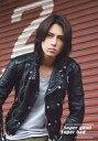 【中古】生写真(ジャニーズ)/アイドル/Johnny's Johnny's/山下智久/上半身・衣装黒・グレー...