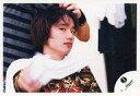 【中古】生写真(ジャニーズ)/アイドル/ジャニーズ ジャニーズ/風間俊介/横型・バストアップ・衣装迷彩柄・タオル白・右手前/公式生写真