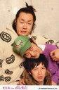 【中古】生写真(男性)/お笑いタレント グランジ/五明拓弥・遠山大輔/上半身・衣装白・紫・帽子・肩抱き・遠山体見切れ・ポストカードサイズ・「ルミネtheよしもと」/公式生写真