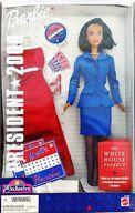 """[上一頁]芭比娃娃總統於2000年 - 總統2000-(黑/藍盒)""""芭比 - 芭比 - """"玩具反斗城有限公司"""