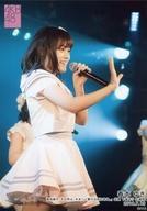 【エントリーでポイント10倍!(6月11日01:59まで!)】【中古】生写真(AKB48・SKE48)/アイドル/AKB48 春本ゆき/ライブフォト・膝上・衣装白・右向き/湯浅順司「その雫は、未来へと繋がる虹になる。」公演 下尾みう 生誕祭 2019.7.13