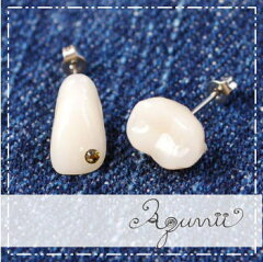 【Aquvii/アクビ】Tooth pierce(奥歯+前歯) 医療用のレジン製で作られた歯を…