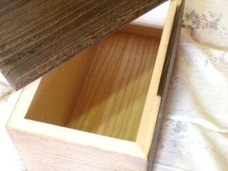 桐箪笥(たんす)の職人がこだわって作った米びつ焼桐10kg用
