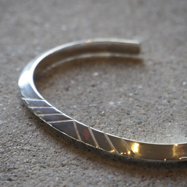 "【ACEbymorizane:エースバイモリザネ】AG950701REGULARTRIANGLEBANGLE""A""【smtb-TK】"