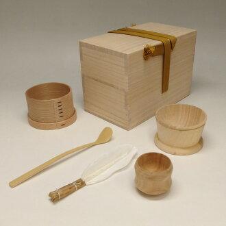 櫻木地區茶漏斗 (櫻花雉雞所以漏斗) 茶掃框 (chahakibako)