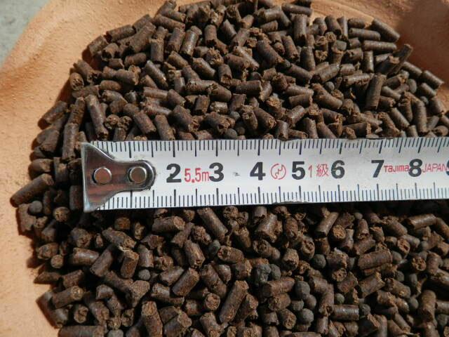 椿油粕の粒の大きさ
