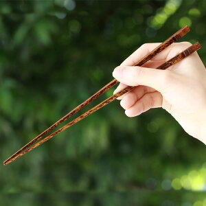 創業明治27年老舗竹屋がお届け日本唯一の1本、1本職人が削り上げた本格手作りお箸/虎竹漆箸