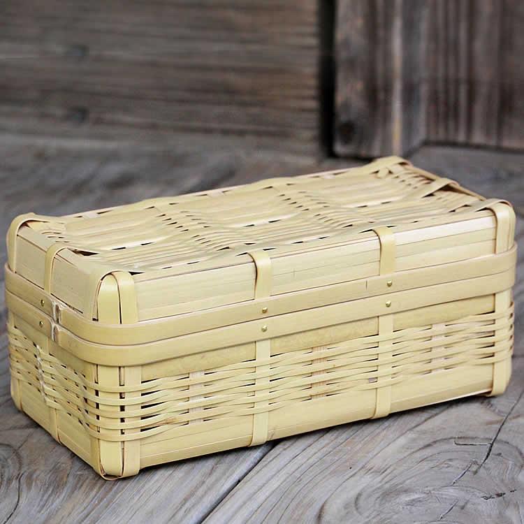 通気性の良いお弁当箱だからおにぎりやサンドイッチが蒸れませんスリムボディが大人気!持ち運びに便利なコンパクトサイズの白竹ランチボックス(長角)【国産 日本製 ピクニック 行楽 1段 竹べんとう箱】