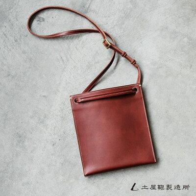小さめのサイズ感がメンズに人気のミニショルダーバッグ 土屋鞄製造所 ディアリオ プットインポケット