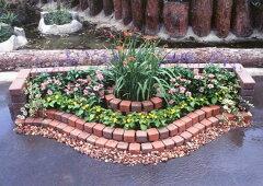 レンガと型紙でつくる素敵なお庭!!簡単にレンガのお庭ができる!キュアガーデン 花壇KRタイプ