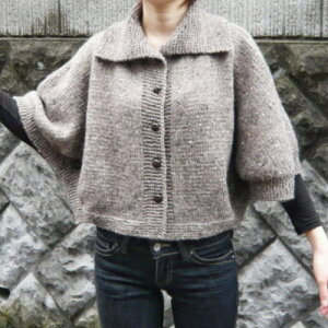 柔らか毛糸でジャケットを編もう♪コート風の着こなしがキュート!【ニットキット】【手編みキ...