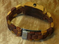 トノーII型腕時計(インレイドサンダルウッド)