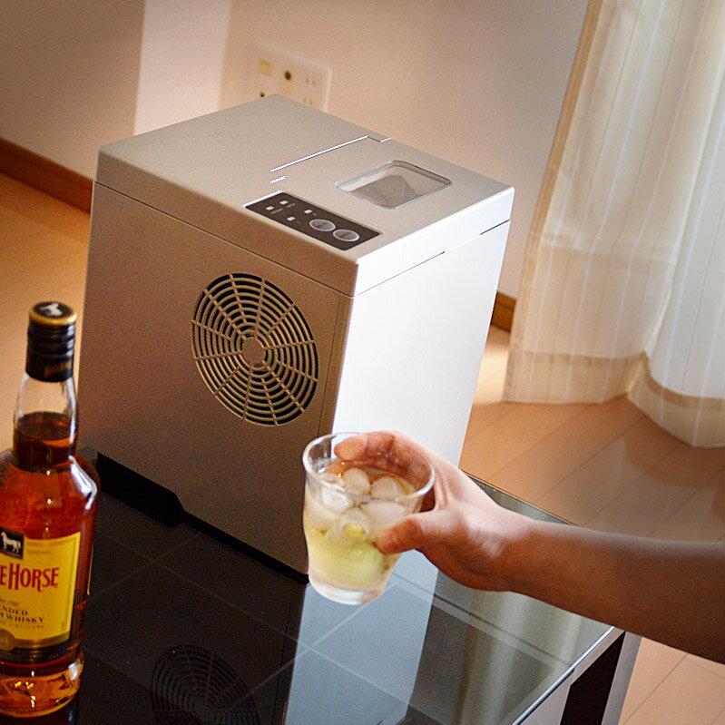 卓上小型製氷機「IceGolon」