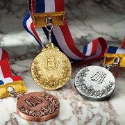 ポイント サッカー ランナー マラソン トロフィー